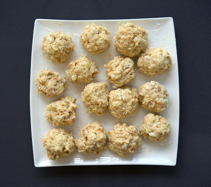 Shape bread dumplings into balls