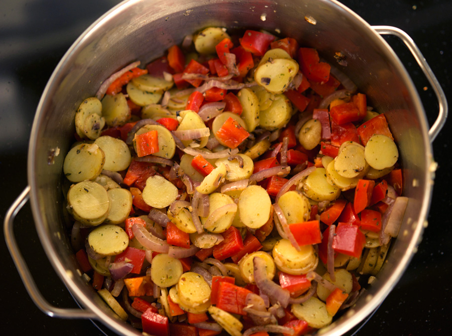 Saute Garlic, Onions and Vegetables